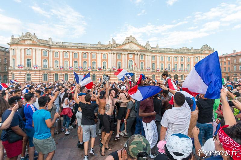 Les Champions du Monde sont fetés sur la place du Capitole