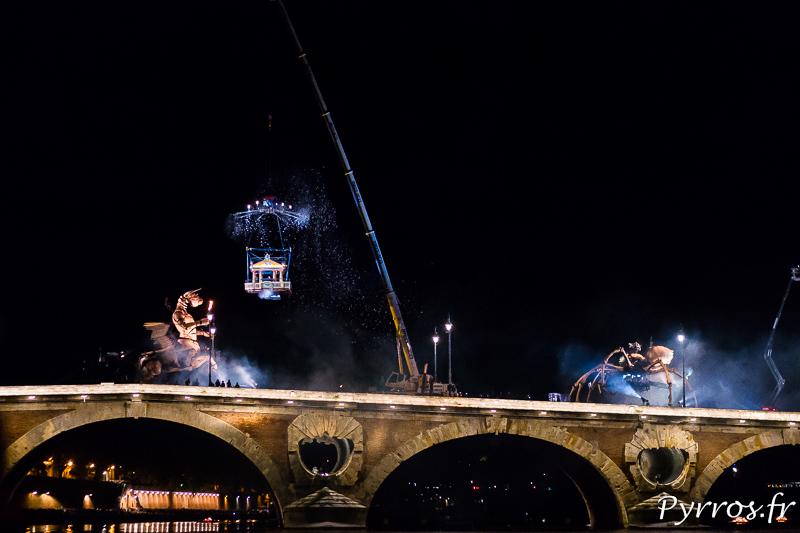 Araignée et minotaure sur Pont Neuf de Toulouse