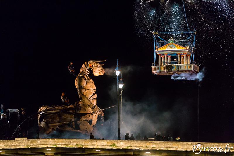 Le minotaure découvre le temple