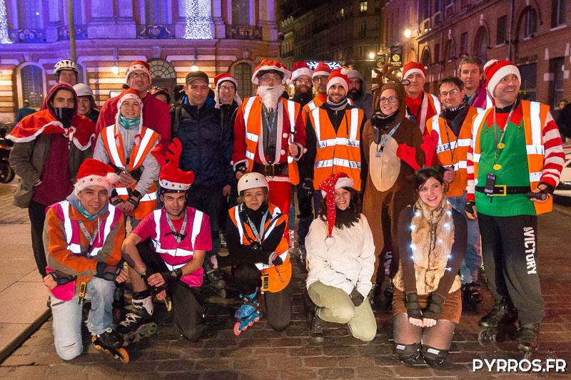 Un trentaine de patineurs ont pris le départ de la randonnée des Père Noël de Purpan, 14 staffeurs avaient pour mission d'encadrer le cortège