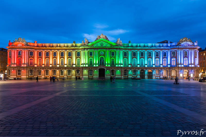 Le Capitole s'habille aux couleurs du drapeau LGBTQI