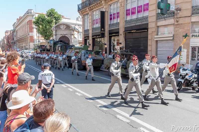 Défilé des militaires pour la Fête Nationale à Toulouse