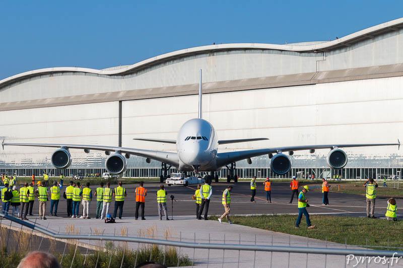 Séance photos pour l'Airbus A380 F-WXXL qui rejoint le musée Aéroscopia à Blagnac